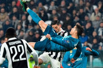 Cristiano Ronaldo Scores Incredible Bicycle Kick Goal